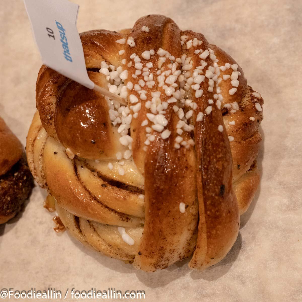 cinnamon-buns-1-9